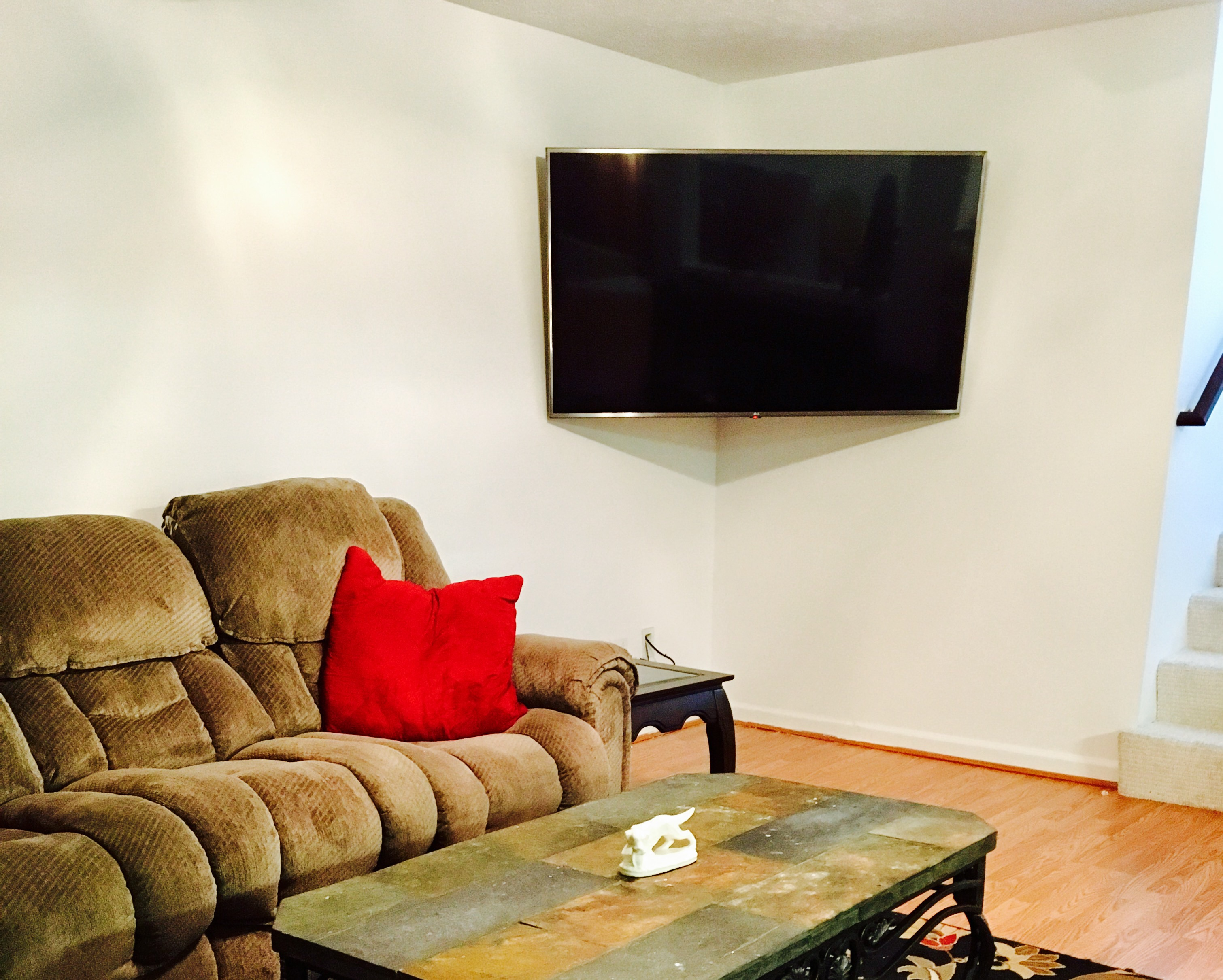 Another TV Mounted This Time Using A Corner Mount U2022 Richmond Kentucky