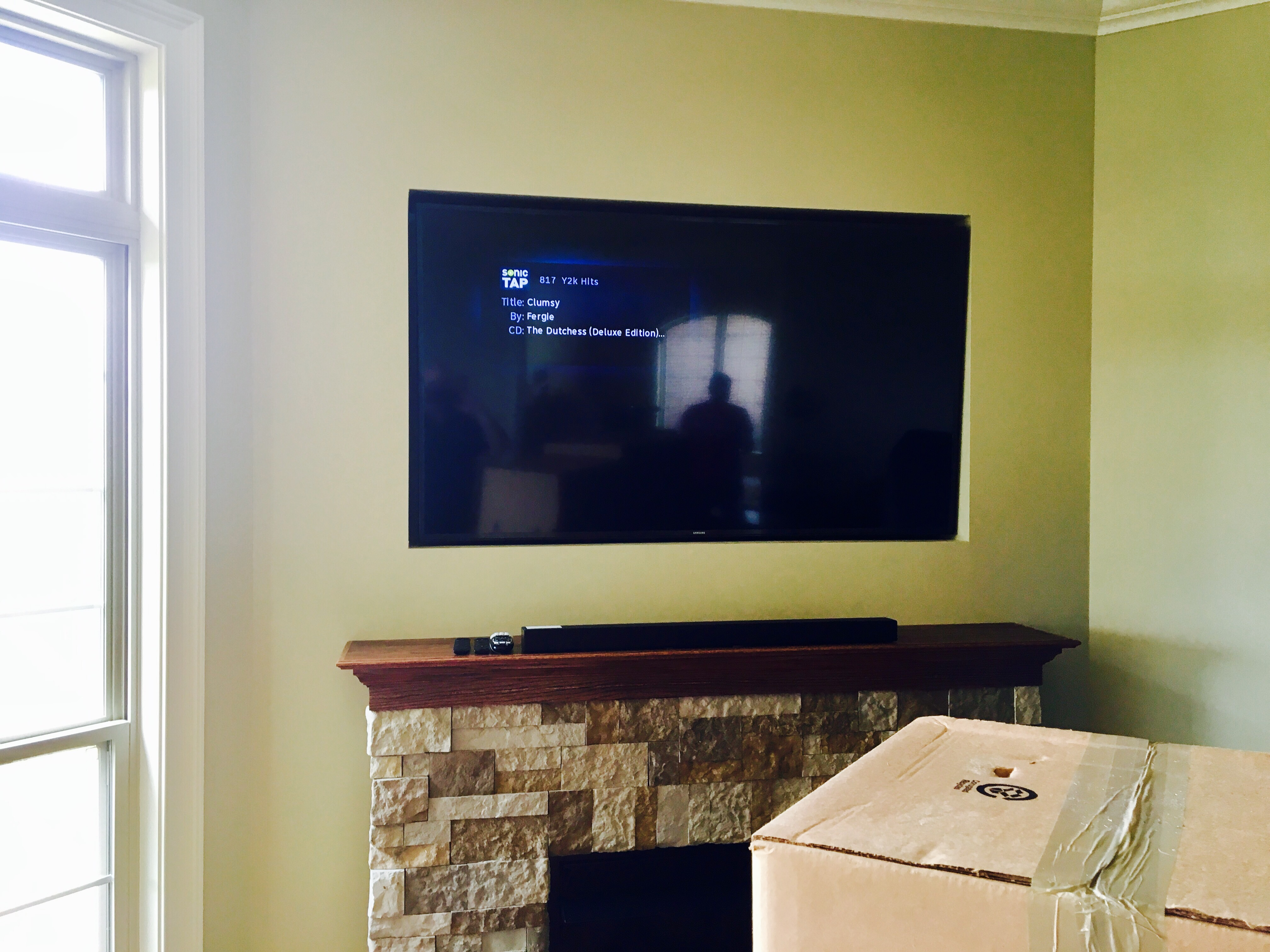 Tv Mounted In Recessed Wall London Kentucky Platinum